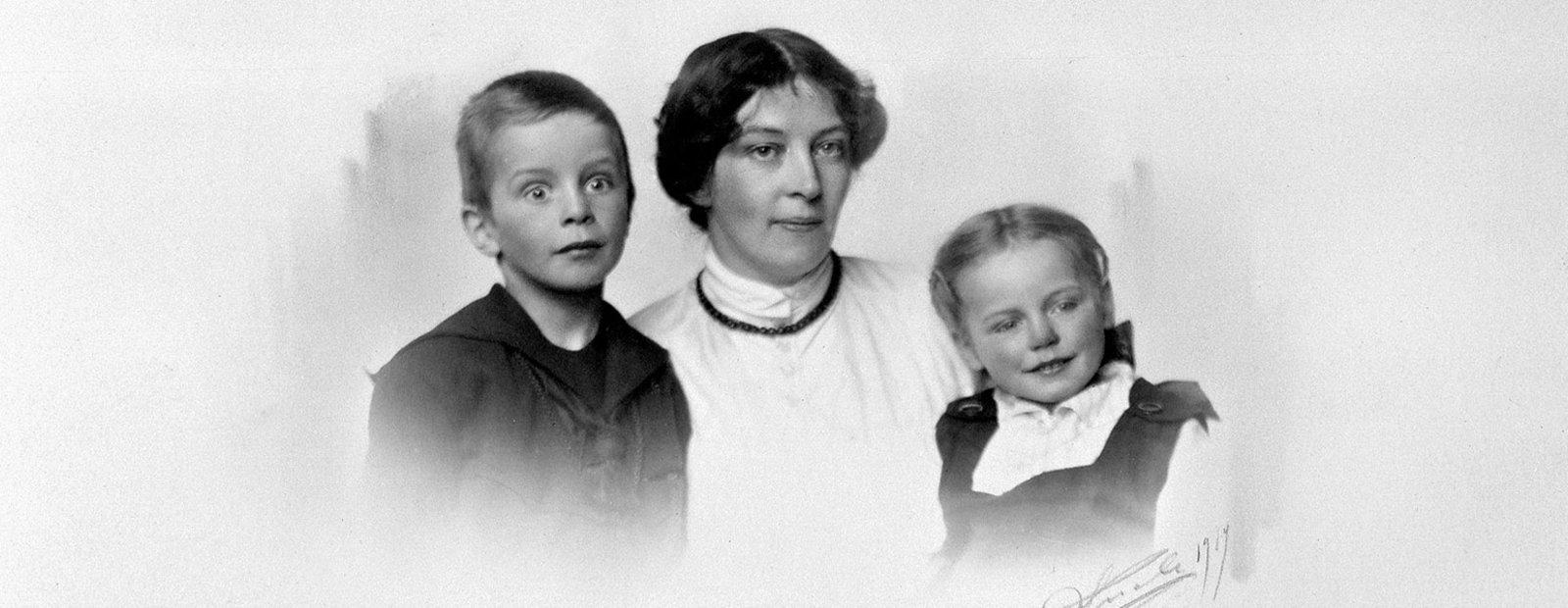 Anders C. Svarstad, Sigrid Undset, Maren Charlotte (Mosse) Svarstad