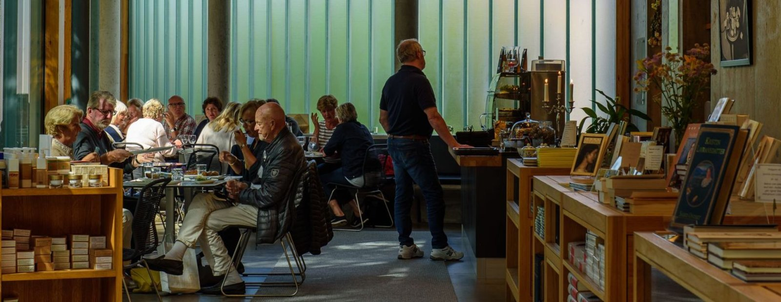 Fra kafeen på Bjerkebæk Sigrid Undsets hjem